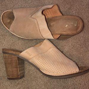 Women's Toms Heels